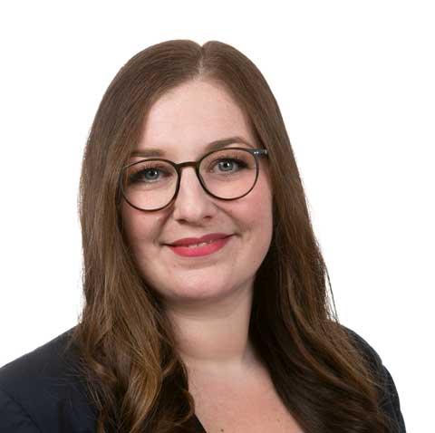 Laura Oswald - HR Managerin   PHONEKOM